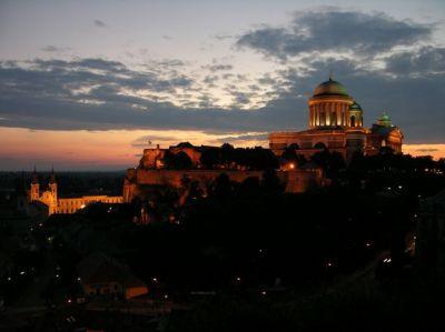 Nočná Ostrihomská Bazilika